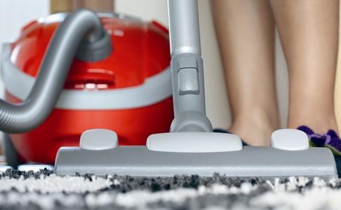 Как правильно делать уборку в квартире